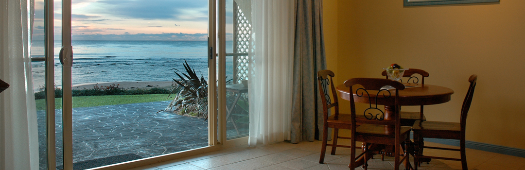 Beachfront Accommodation Central Coast Al Mare Retreat